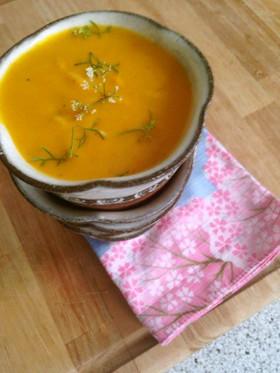 ビーガン♡かぼちゃとココナッツのスープ