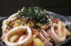 イカとジャガイモの明太子炒め
