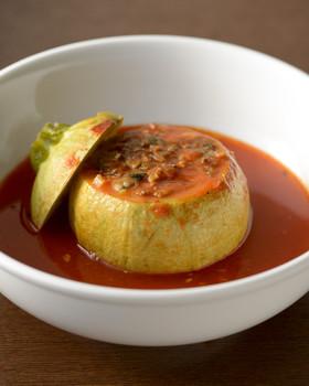 丸ズッキーニのチーズ&肉詰めトマトスープ
