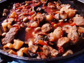 キャンプメニュー★豚肉の野菜トマト煮込み
