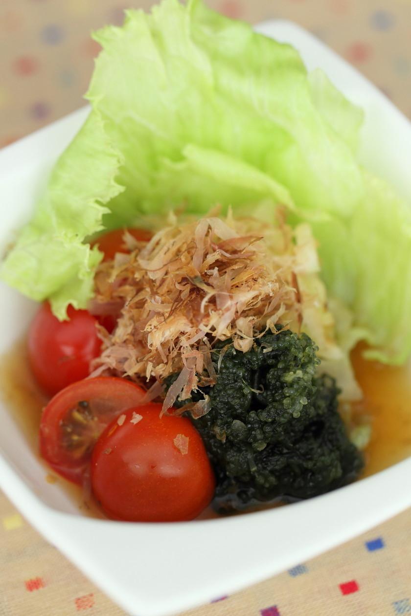 海ぶどうと野菜の和風サラダ
