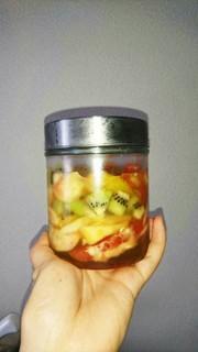 桃とキウイの蜂蜜漬けの写真