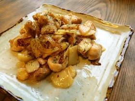 鶏肉とジャガイモのガーリックバター炒め