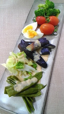 夏野菜の茹でサラダ♪
