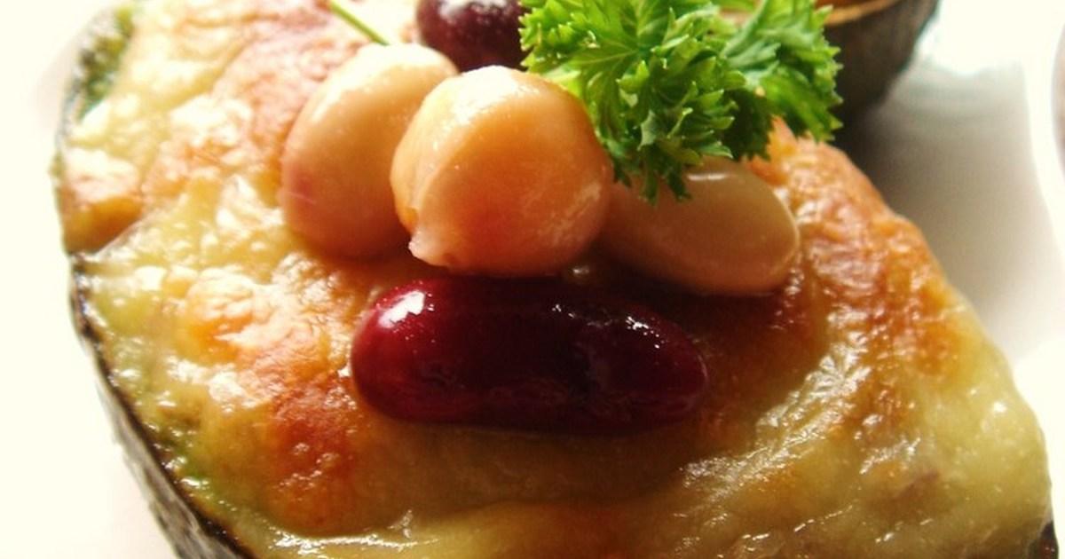 アボカドとお豆のカレーグラタン