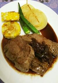 ステーキ*玉ねぎとバターの赤ワインソース