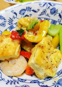 豆腐とむきえびのカラフル炒め