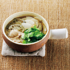生姜と根菜の和風パクチー鍋