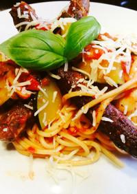 ソーセージと野菜のトマトソースパスタ