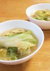 丸ごとレタスを食べるスープ