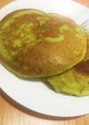 材料4つ♪人参と小松菜のパンケーキ