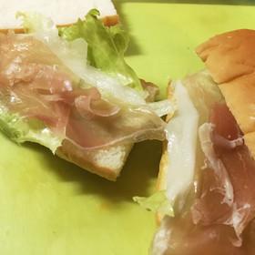 生ハムとレタス☆サンドイッチのお弁当