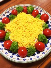 ゆで卵で記念日&クリスマスの可愛いサラダの写真