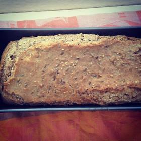 5分でまぜるだけドイツパン