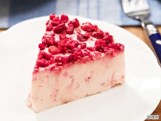 ザク切りいちごdeいちごレアチーズケーキ