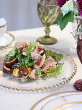 いちじくと生ハムのおもてなしサラダ