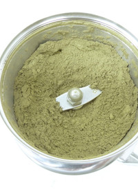 茶葉の粉末作り 製粉機コナッピー