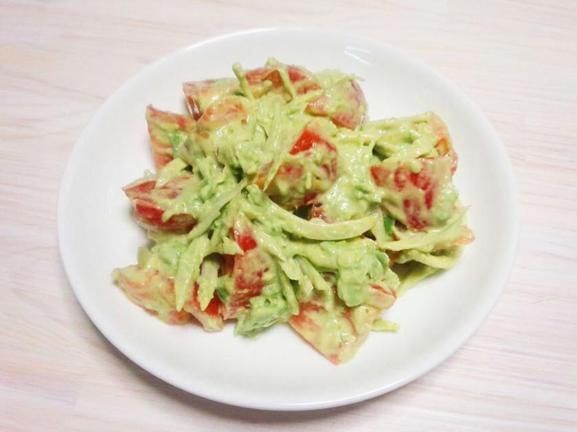 アボカドとトマトのワカモレ風サラダ