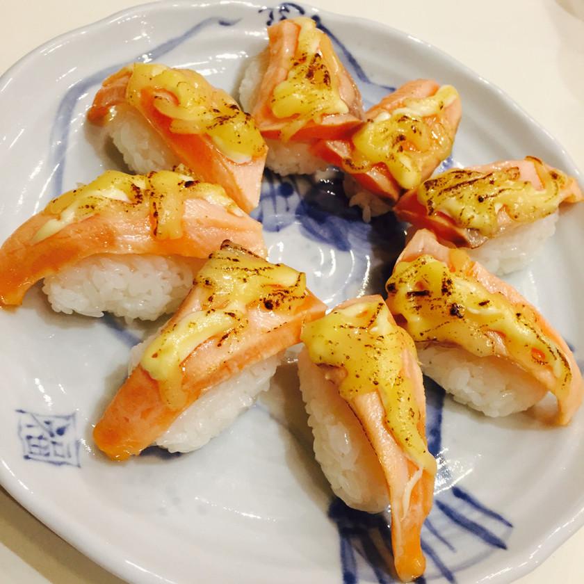 家でもできる!炙りサーモン寿司