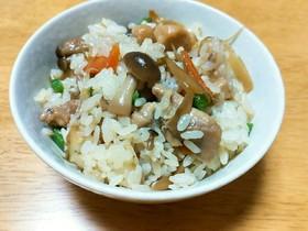 フライパンで♪簡単美味しい鶏ごぼうご飯♪