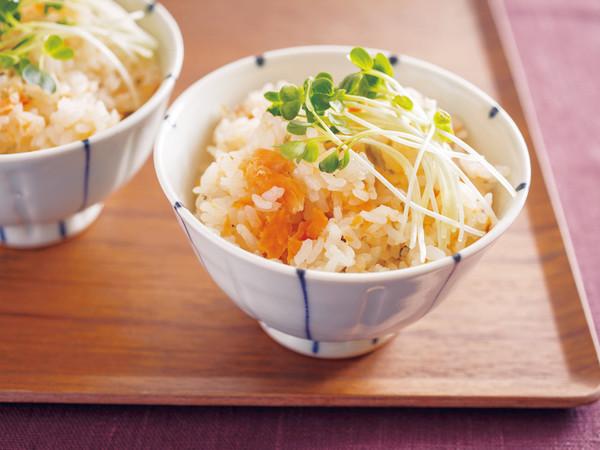 鮭と高菜の炊きこみご飯