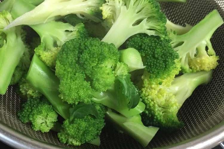 ゆで 時間 ブロッコリー ブロッコリーの茹で方!変色を防ぐ時間、塩の量、切り方も!