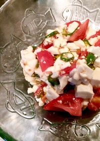 オクラとトマトと豆腐の和風サラダ