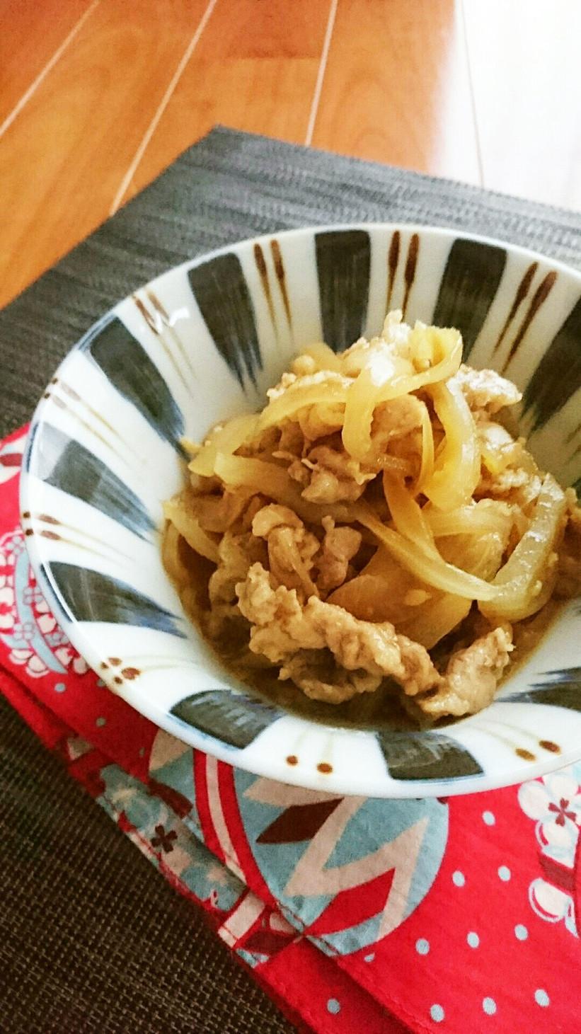 レンジで簡単☆豚こまと玉ねぎの甘辛煮。
