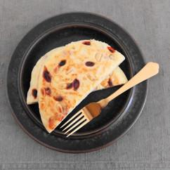 山芋とクコの実のパンケーキ