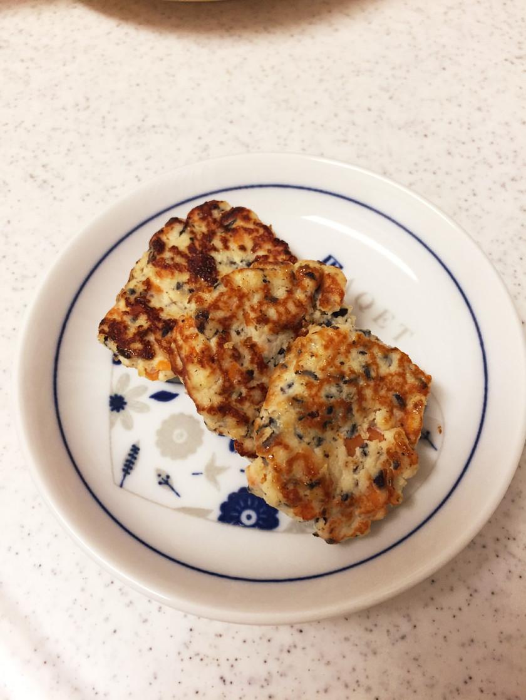 離乳食後期*簡単手づかみ豆腐ハンバーグ
