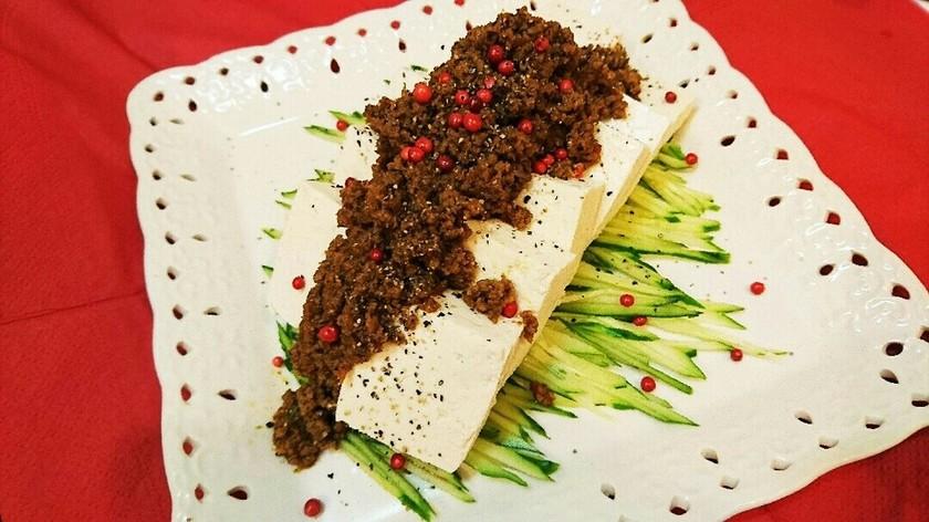 レンジで簡単♪肉味噌の麻婆豆腐冷奴サラダ