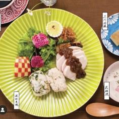 放置でしっとり鶏ハム〜絶品鰹味噌ダレ添〜