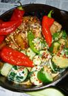 若鶏のもも肉とキュウリ+赤万願寺の炒め物