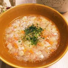 バターが決め手!具沢山☆食べる野菜スープ