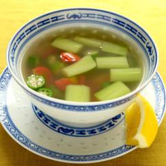 夏野菜のエスニックスープ
