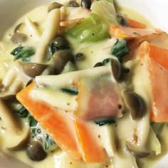 市販カルボナーラソースで野菜のクリーム煮