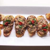生木耳(キクラゲ)と豚餡の蒸し焼き芋