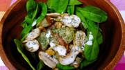 生マッシュルームとじゃがいものサラダの写真