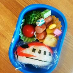 簡単☆新幹線「こまち」弁当!