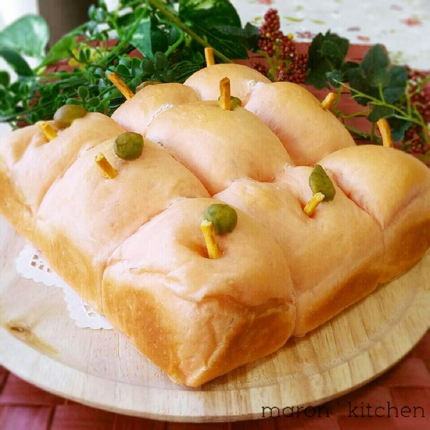 HBで簡単♡可愛い蜂蜜りんごのちぎりパン