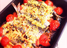 カレー風味の鰯とトマトで香草おから粉焼き