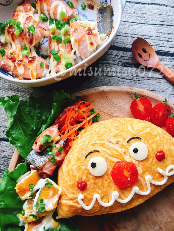 カレー炒飯でカレーパンマンオムライス