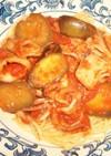 イカとナスとまいたけのトマトソースパスタ