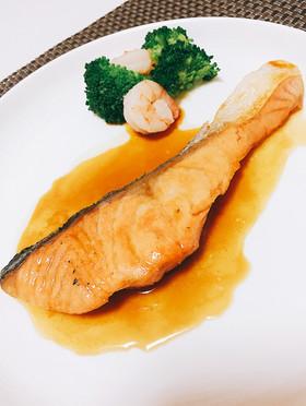 簡単♡秋鮭のムニエル レモンバター醤油
