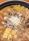 簡単なのに本格派の味!味噌仕立ての牡蠣鍋