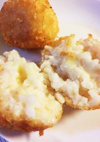 リゾットでチーズinライスコロッケ