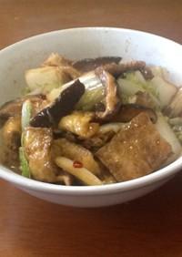 白菜と椎茸と油揚げのピリ辛炒め