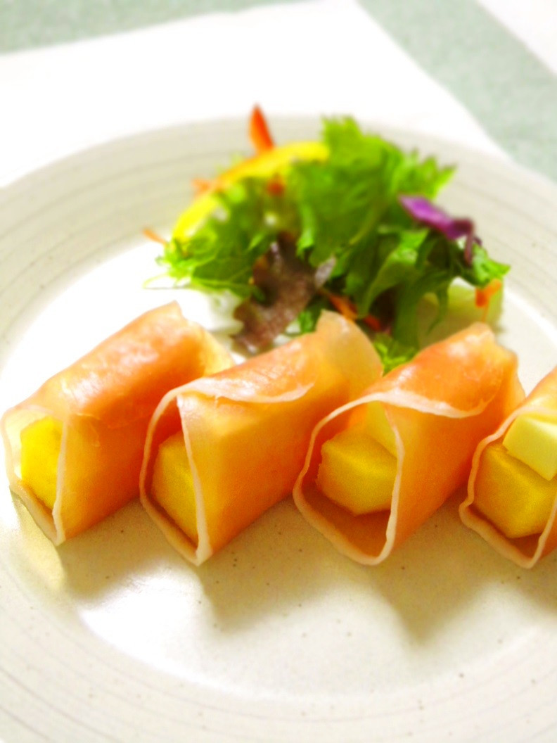 生ハムと柿、ゴルゴンゾーラの前菜☆