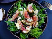 無花果とブルーチーズのサラダ。の写真