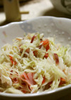 カニカマとミョウガのコールスローサラダ